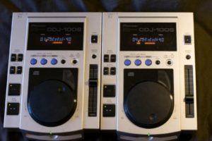 A pair of Pioneer CDJ-100s
